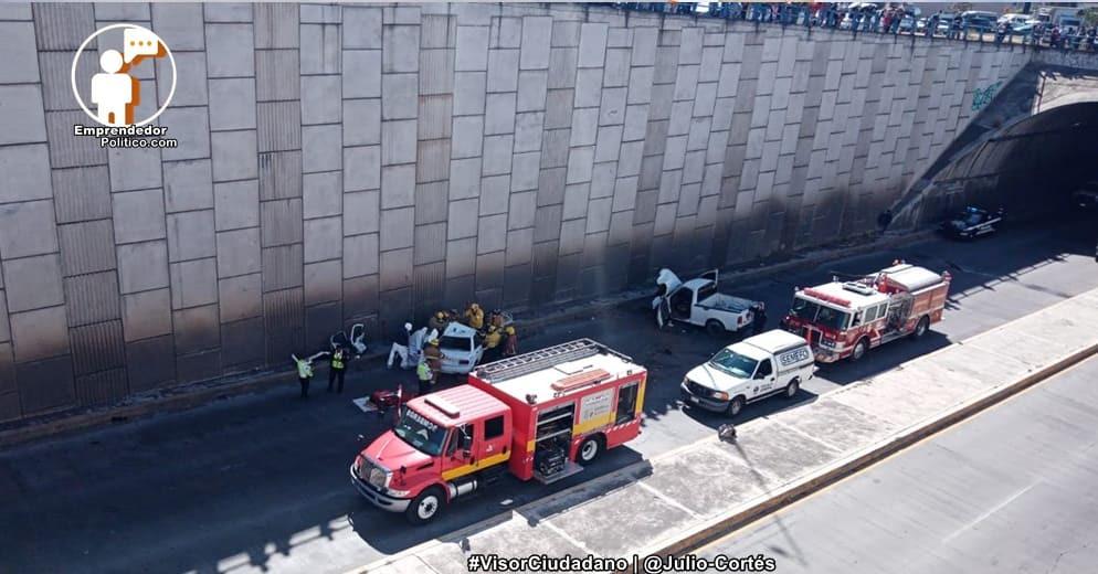 Trágico choque en el Libramiento de Morelia entre taxi y camioneta de la Fiscalía (+Video)