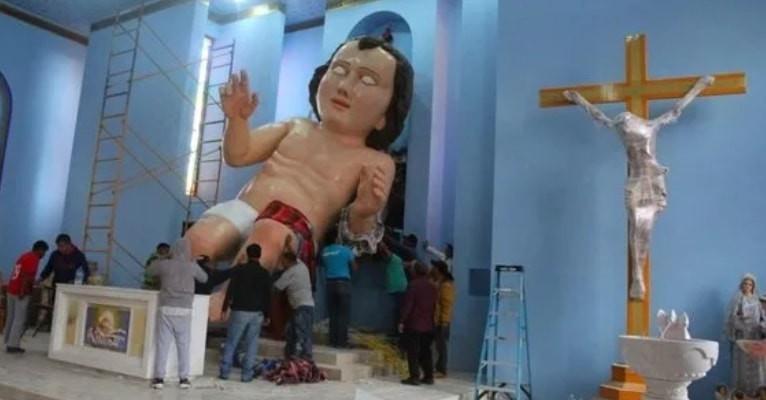 El temible niño Dios gigante que puso en el mapa a una comunidad mexicana y que quiere romper récord