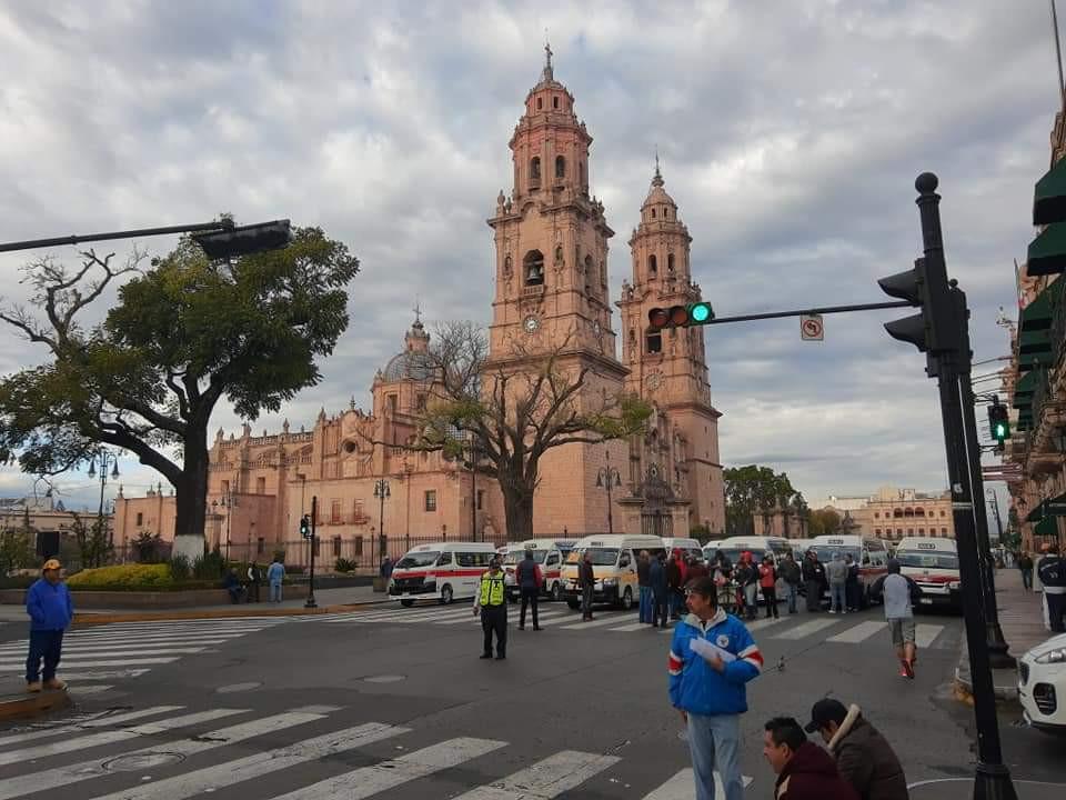 Domingo sin ciclovía en Morelia; transportistas toman la Madero como protesta