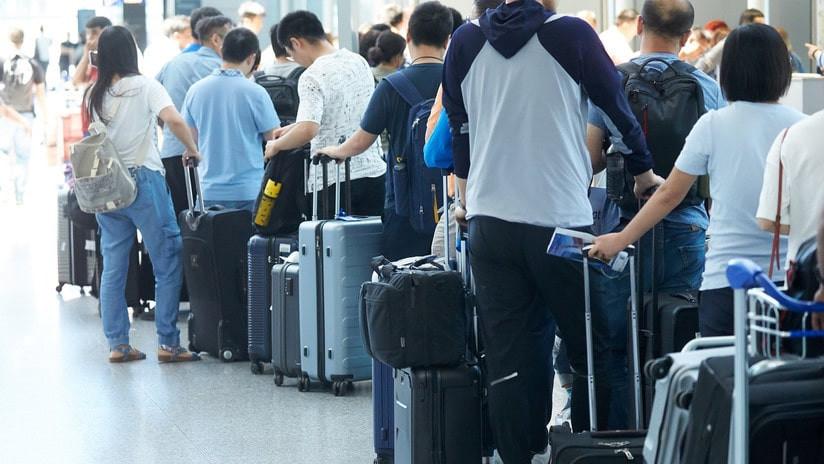 ¿Sabías que tu maleta puede ser cambiada por otra con droga en los aeropuertos?