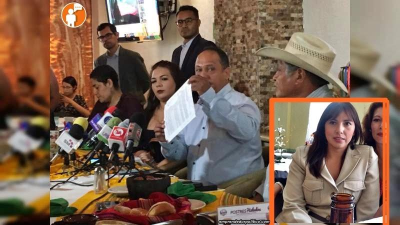 7 Alcaldes piden la destitución de María del Carmen Pille Calderón, por politizar programas sociales