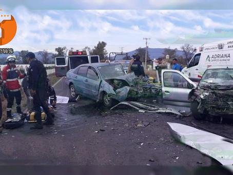 Mueren dos adultos y una niña en choque en la carretera Zamora – Morelia