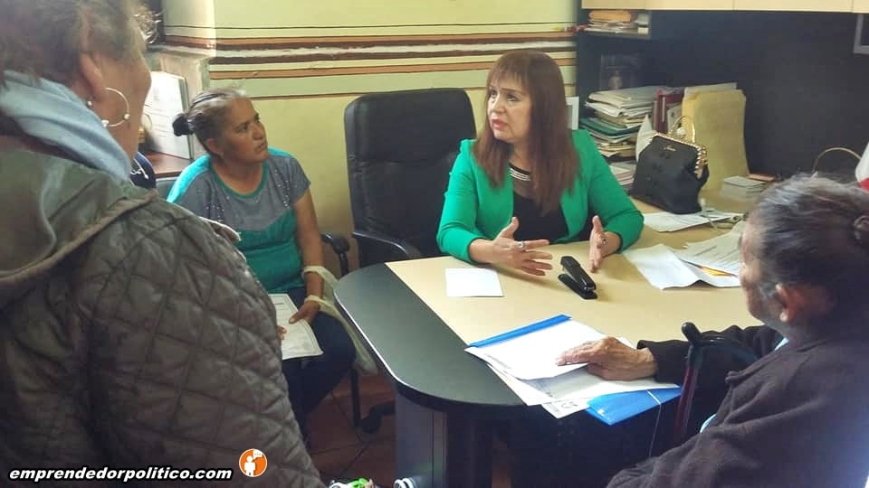 Regidora del PT en Ayuntamiento de Morelia, recibe a mujer emprendedoras para apoyarlas