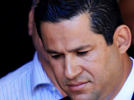 FOTO: Este gobernador sufrió un accidente y terminó fracturado
