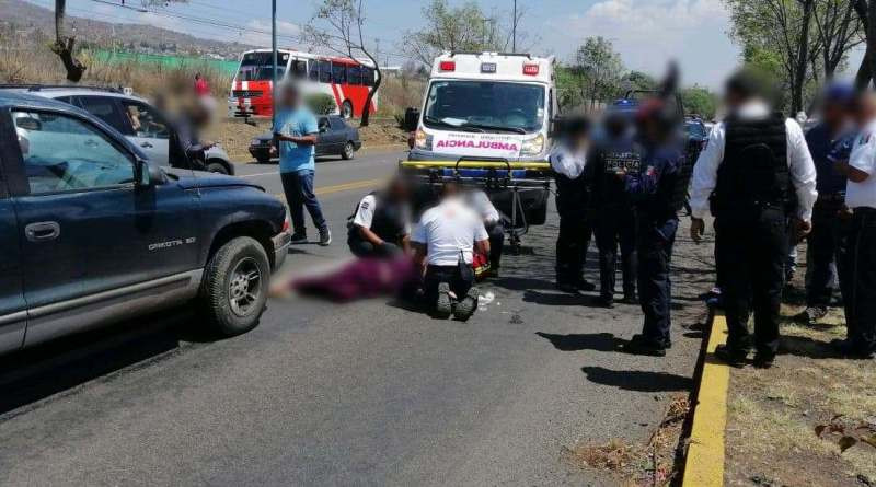 Mujer de la 3ra edad resultó herida luego de que camioneta la atropellara en Morelia