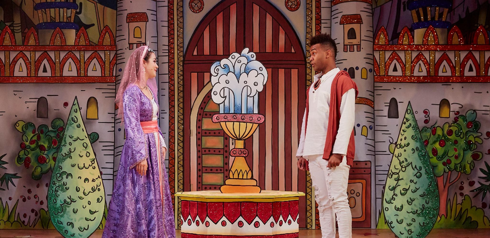 Aladdin, Watford Palace Theatre, 2017. P