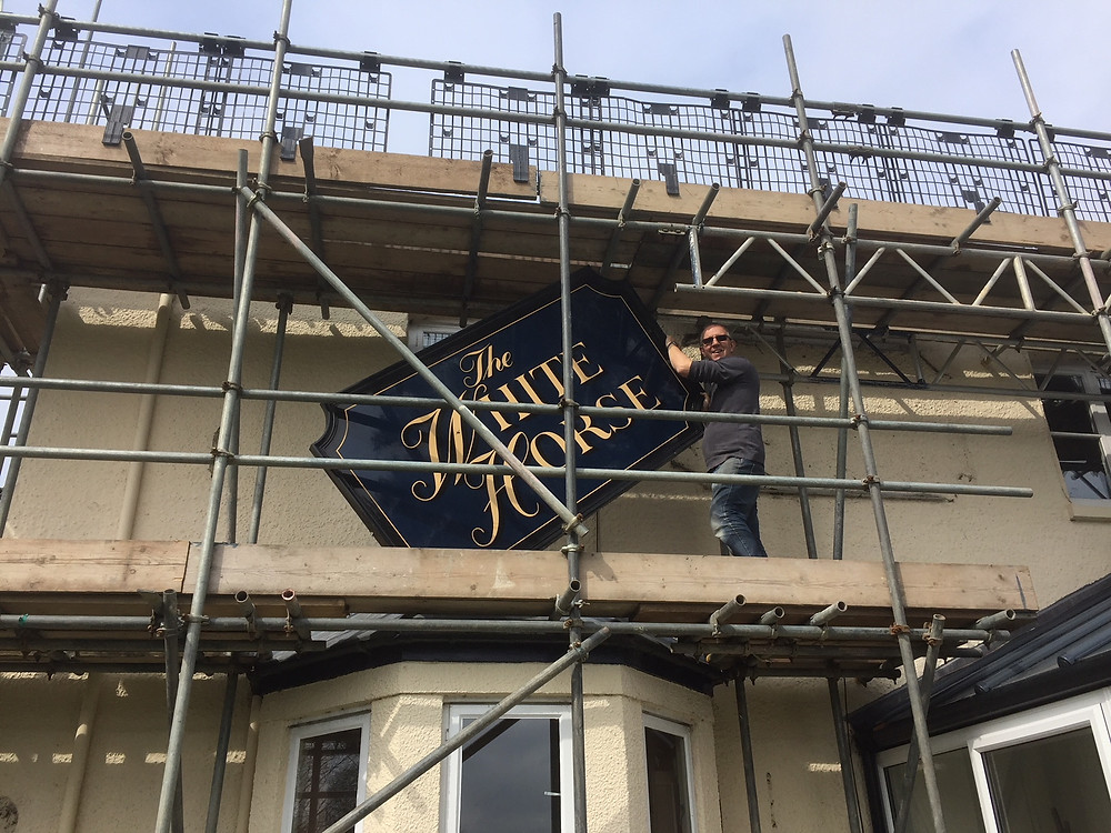 The White Horse sign removal