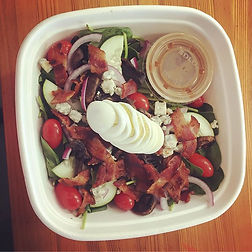 ✖️Spinach Cobb Salad in the Grab 'N Go c