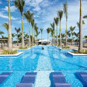 piscina-pool-02_tcm55-107716.jpg