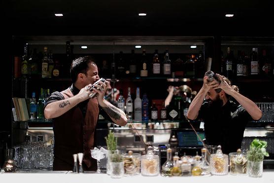 cocktail-preparation-elegant-marbre-orig