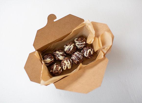 Apricot & Hazelnut Cacao (8 Amazeballs)