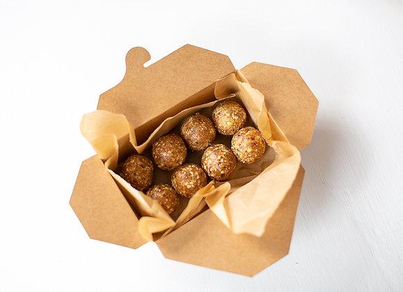 Ginger Cashew (8 Amazeballs)