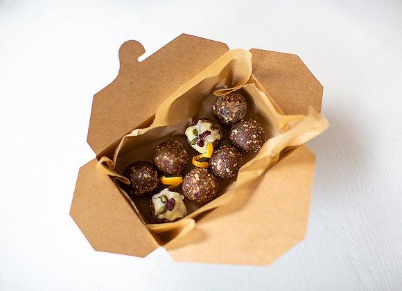 Christmas Gift Box (8 Amazeballs)
