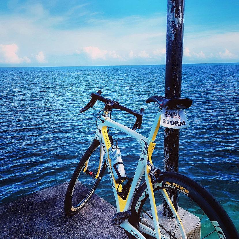 #cyclejamaica #blueskiesblueseasbluemagi