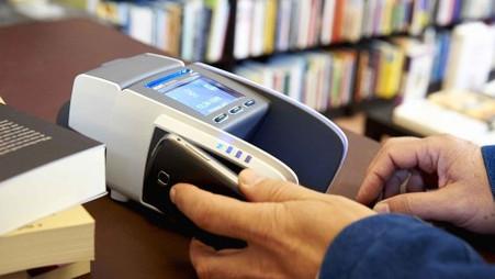 Geschatte 150 miljard euro omzet met elektronische betaalmiddelen in 2017   Gebruik van creditcards