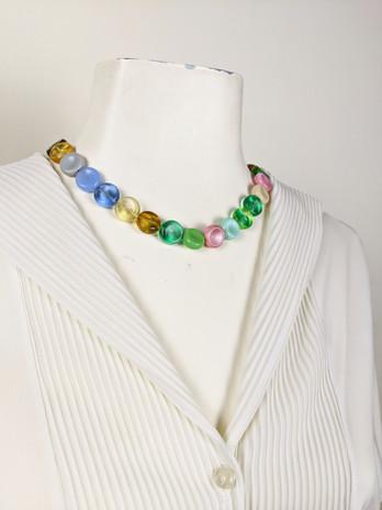 close up neckline.jpg