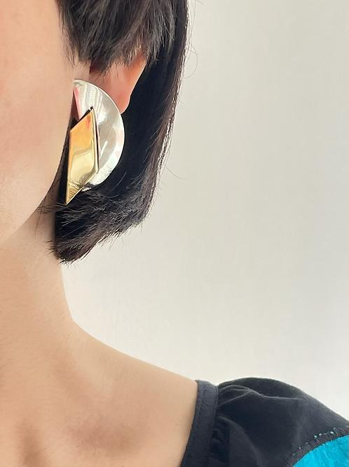 silver design pierced earrings