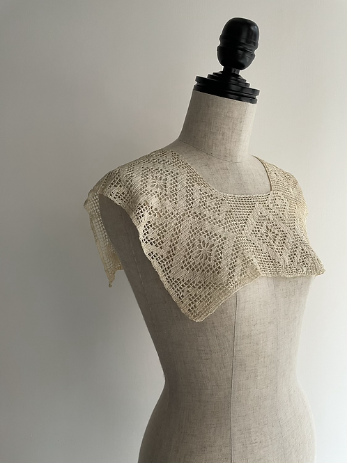 antique crochet collar