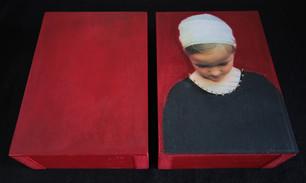 beschilderd portret op verdiepte panelen 2x 14,5x20,5cm.