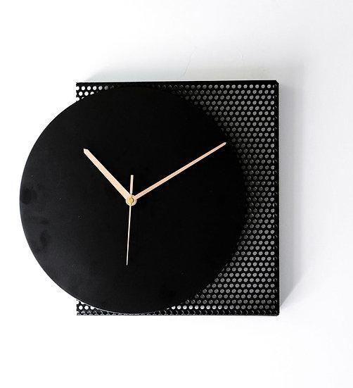 שעון RESHET