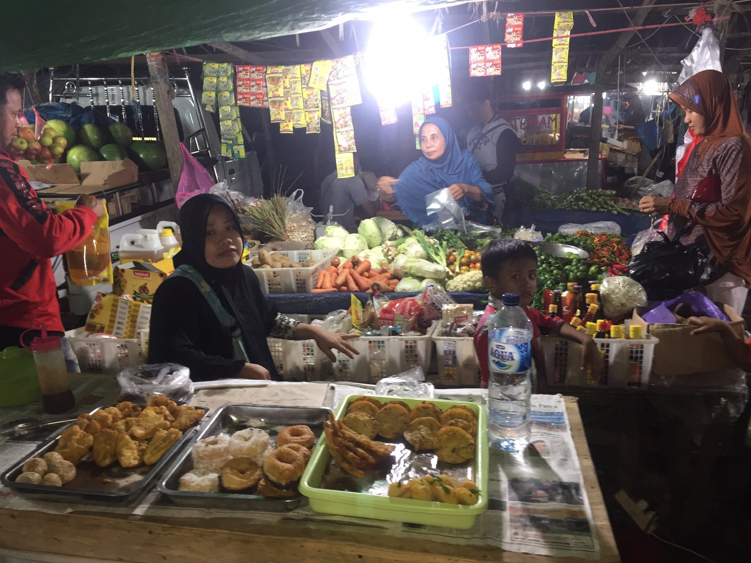 Trip to Indonesian night market
