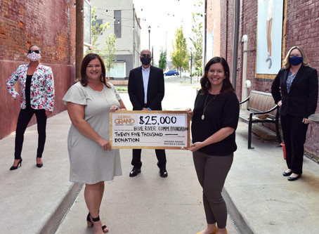 Casino gives $25,000 for East Washington Alley project