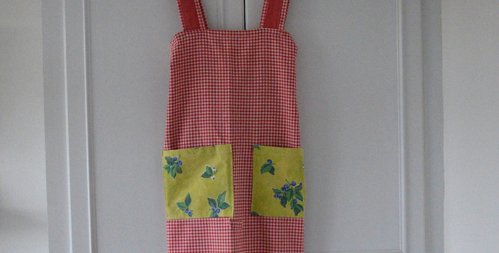 Sample Piece: Red Gingham Apron Heart Patch