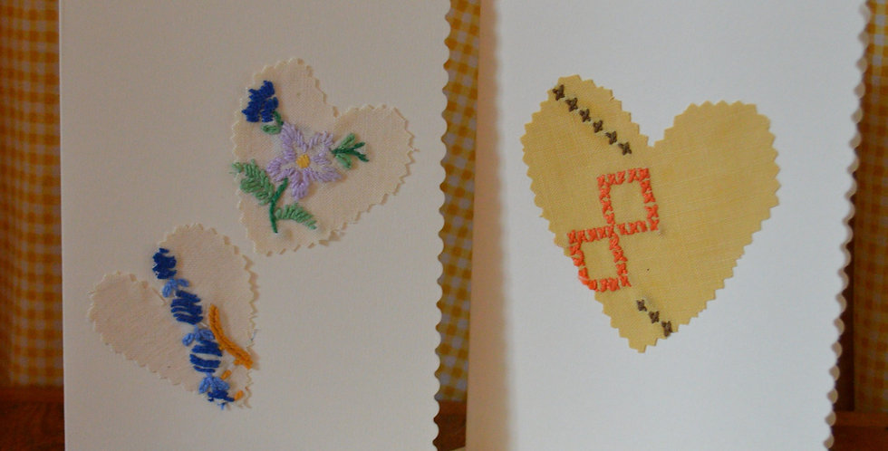 Scalloped Edge Embroidered Heart Cards