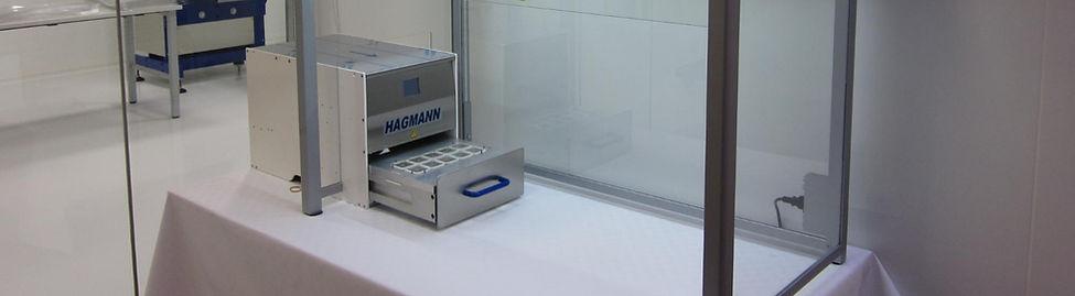 Foliomat Siegelmaschine unter Laminar Flow