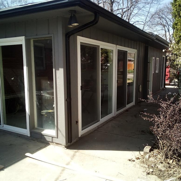 3 sliding doors and 2 glass pack install