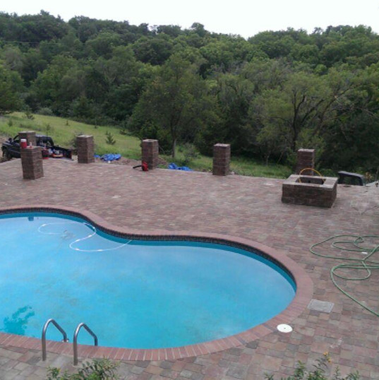 pool&patio.jpg
