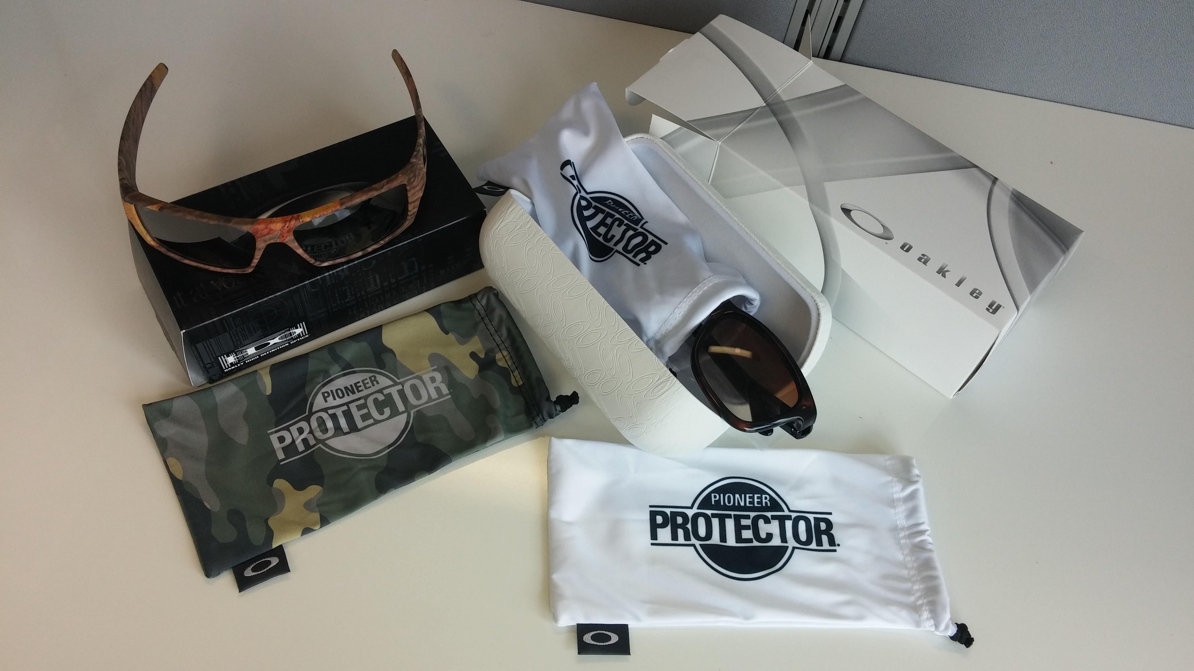 Oakleys & micro bags