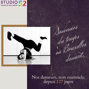 être humain est un être social: 127 jours sans danse pour les + 13 ans