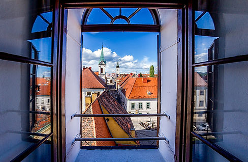 Zagreb-view from Lotrscak tower- author