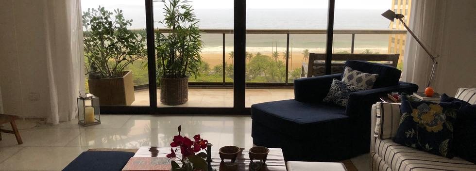 Balcony facing Ipanema Beach