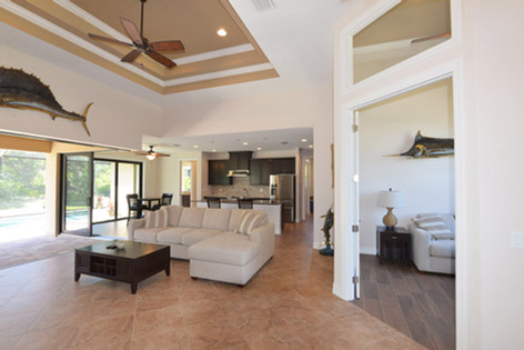 DM Dean Custom Homes  - model 2098 - 11.jpg