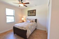 DM Dean Custom Homes  - model 2098 - 17.jpg