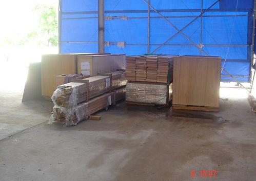 _01 kit in the shipyard.jpg