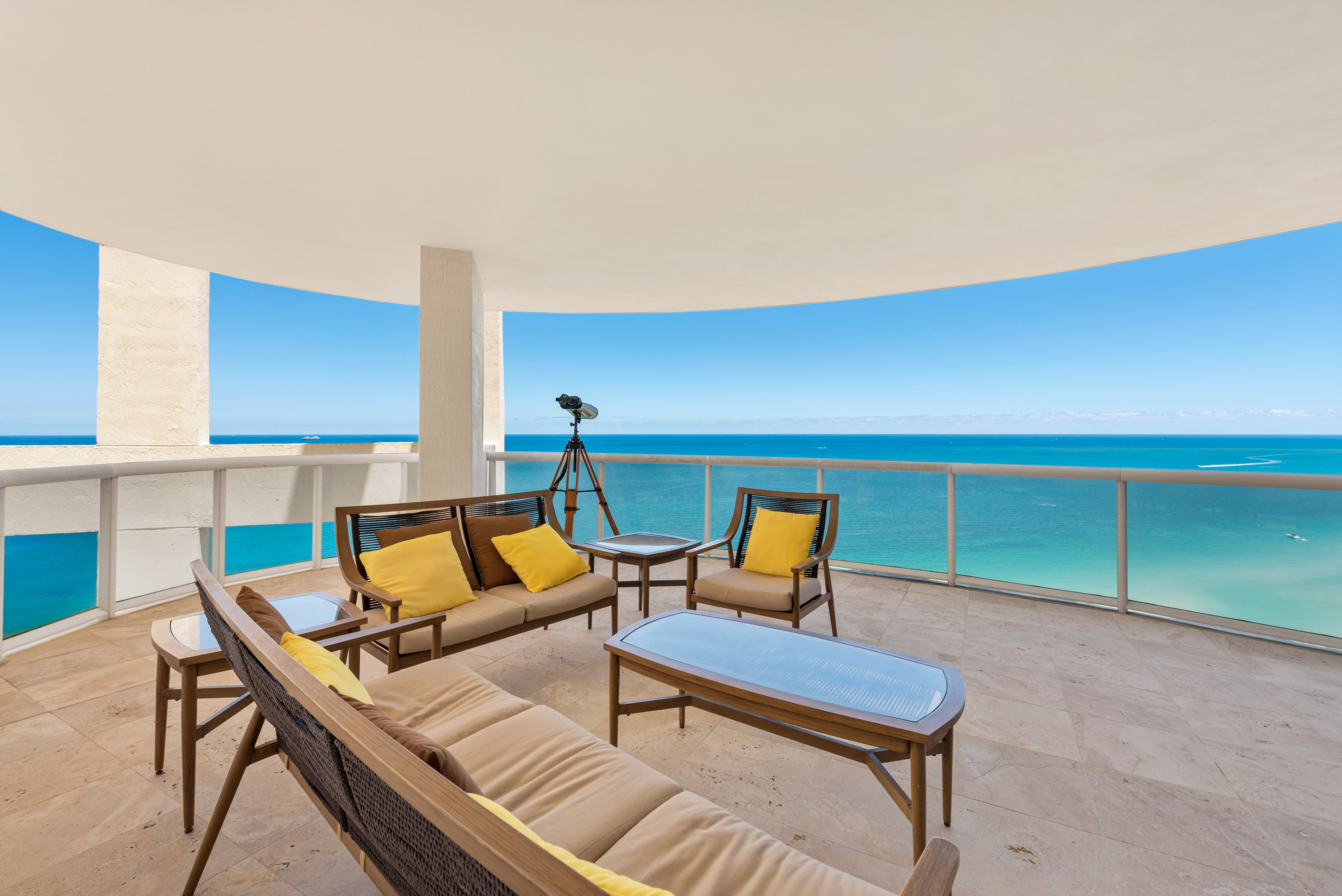 Over sized grand terrace with oceanfront views