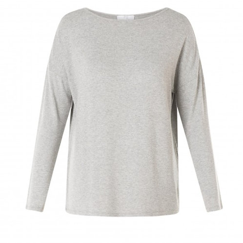 Basic by Yest Long-Sleeved T-Shirt
