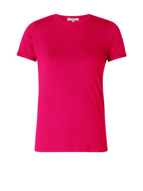 Yest Basic T-Shirt