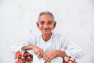 Discovering the local people in Burma