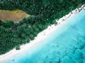 Prise de vue aérienne des Iles Mentawai