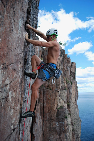 Climber: Eric Enquist Location: Palisade Head Route: A Mind Forever Free Photo by: Kraig Decker