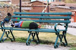 2015_Peru_Kind%20auf%20Bank_IMG_8037_edi