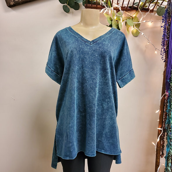 Acid Wash High-Low V-Neck Slouchy Tee