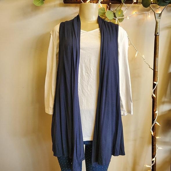 Flowy Basic Vest