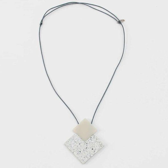 White Granite Isla Necklace