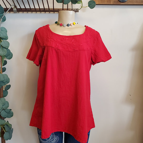 Manta del Lago Red Embroidered Gauze Tee