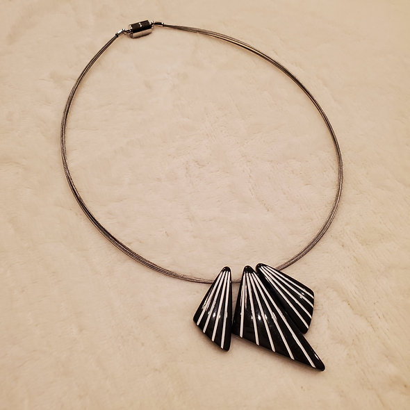 Dreamy Art Deco Magnetic Necklace